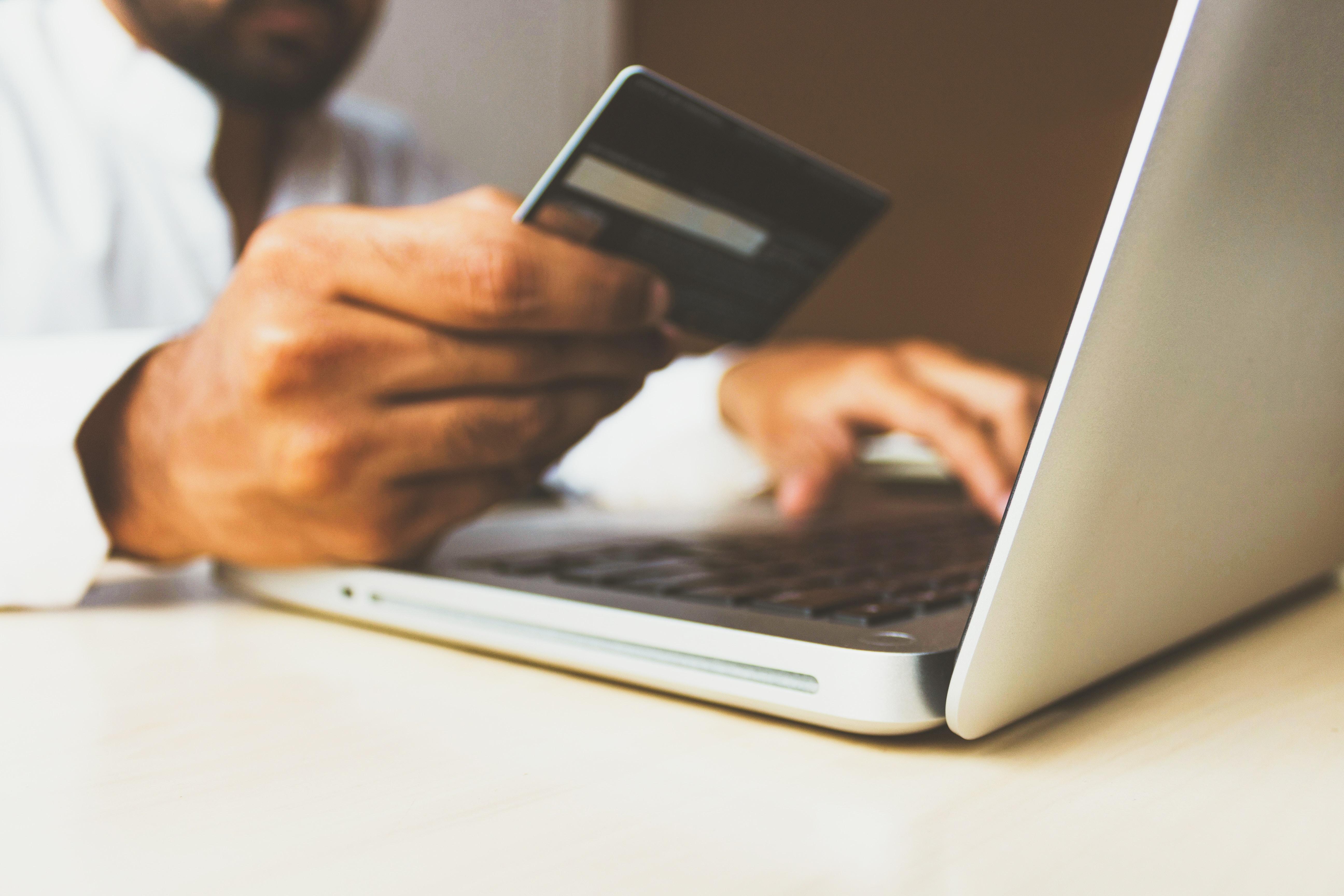 Optimiser ses finances sur Internet avec les banques en ligne